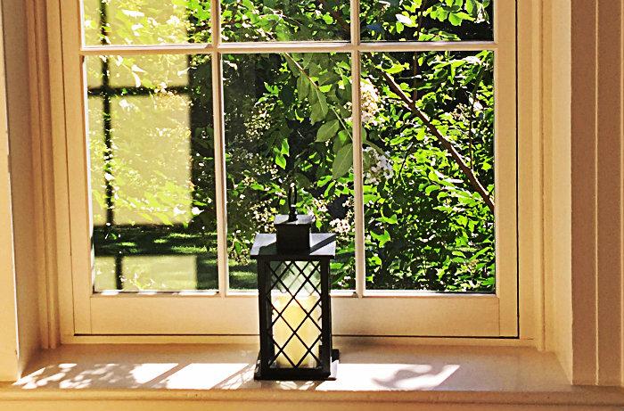 Braehead Manor window lantern